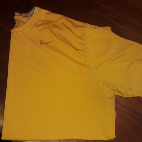 nike shirt 4x